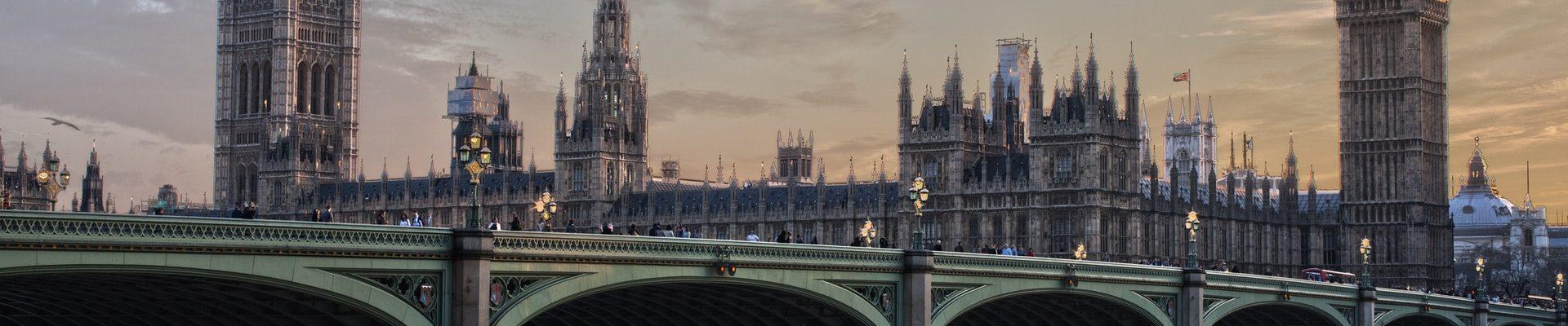 architecture-big-ben-bridge-258117